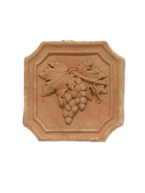 Mazā izmēra keramikas izstrādājumi ( terrakkota ) no Itālijas - Sienas dekors, flīze ar vīnogu zīmējumu  12.00
